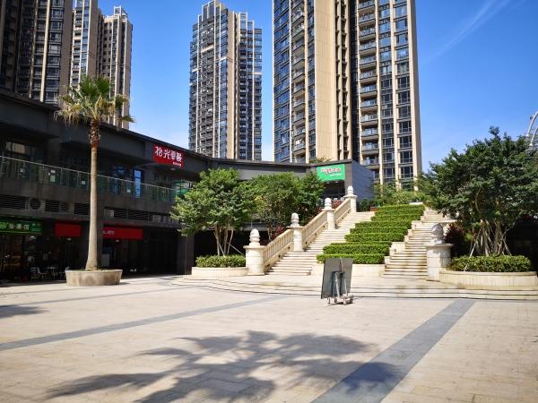 深圳名居广场实景图